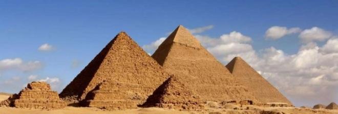 Pirámides de Egipto.jpg